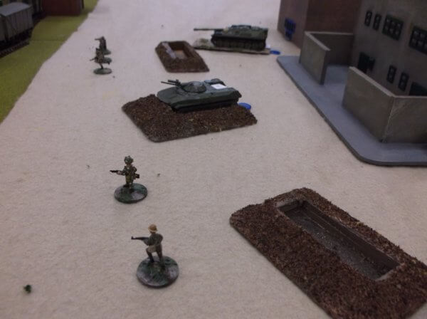 VDV offer the hand of friendship, backed up by a BMD and an ASU-85