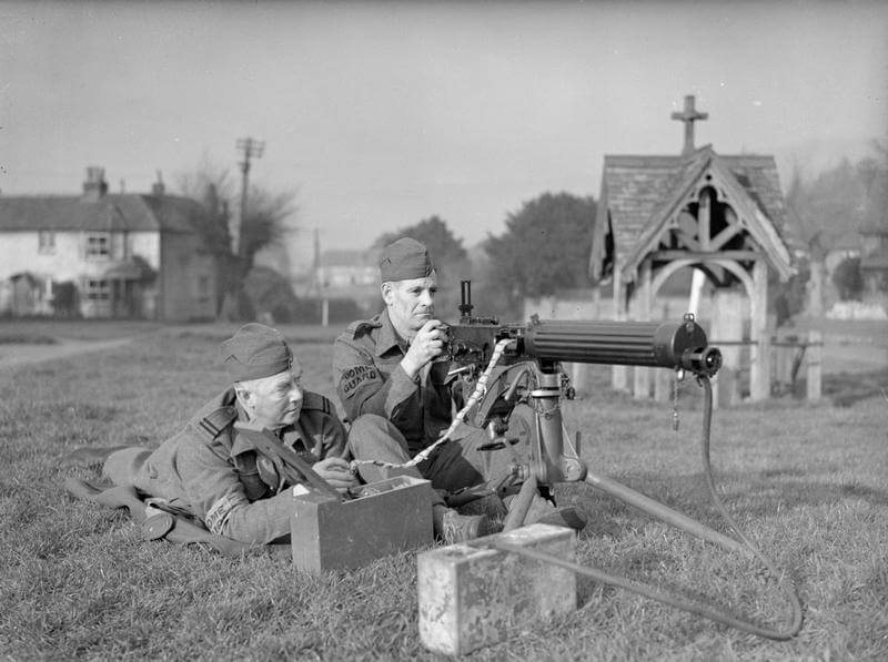 Guardsmen with a Vickers machine gun