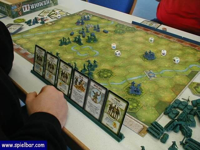 Memoir '44, a good wargame for kids (CC-BY-ND)